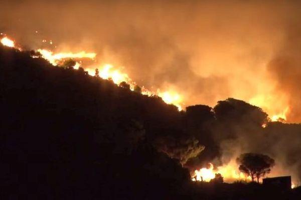 Le feu a ravagé la montagne au-dessus de Cerbère dans les Pyrénées-Orientales. 17 septembre 2015.