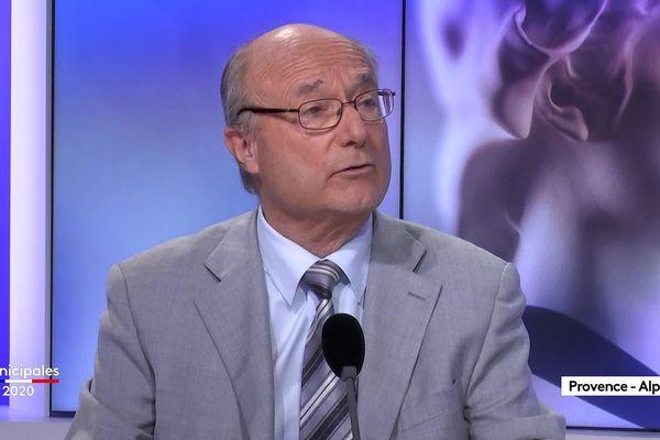 Jacques Bompard, actuel maire d'Orange et candidat à sa succession.