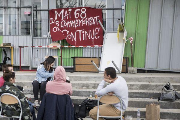 A Nanterre, la quasi-totalité de la faculté est bloquée depuis le 16 avril.