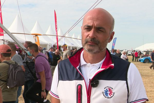 Sébastien Perrot, président de la Fédération française d'ULM à l'aérodrome Blois-Le Breuil dans le Loir-et-Cher
