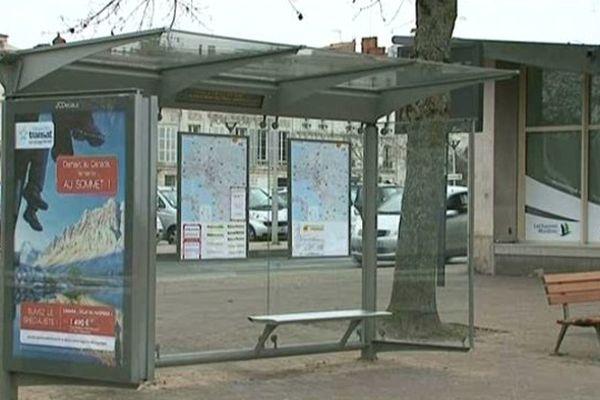 La grève des bus de la Transdev se poursuit ce lundi