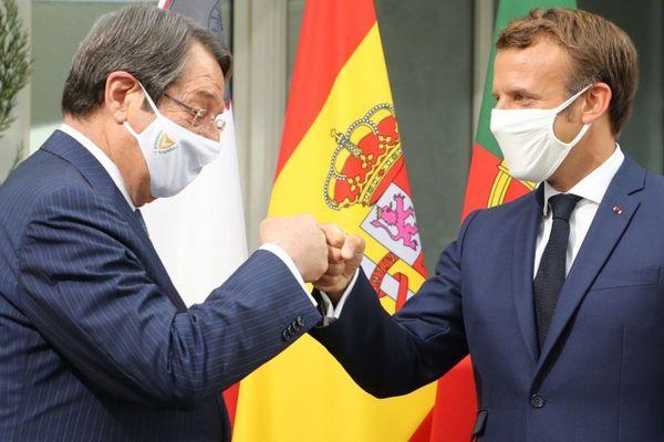 10/09/2020. Le président de la République Emmanuel Macron accueille son homologue le chypriote Nikos Anastasiadis pour le sommet du Med7 à Porticcio en Corse.