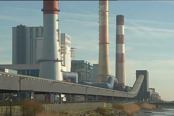 Le charbon est acheminé du parc vers la centrale thermique via le tunnel à charbon