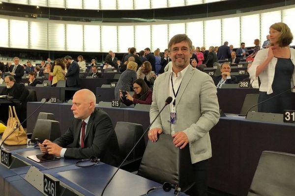 """""""C'est avec émotion, mais aussi détermination et conviction, que je prends mes fonctions de député européen à  Strasbourg ce matin"""", Damien Carême le mardi 2 juillet"""