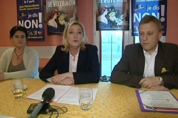 Marine Le Pen et Patrick Binder ont lancé la campagne du Non lundi 11 mars à Mulhouse