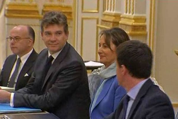 Ségolène Royal aux côtés de Manuel Valls et Arnaud Montebourg pour le premier conseil des ministres du gouvernement Valls.