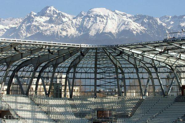Le stade des Alpes à Grenoble, terrain de jeu du GF 38