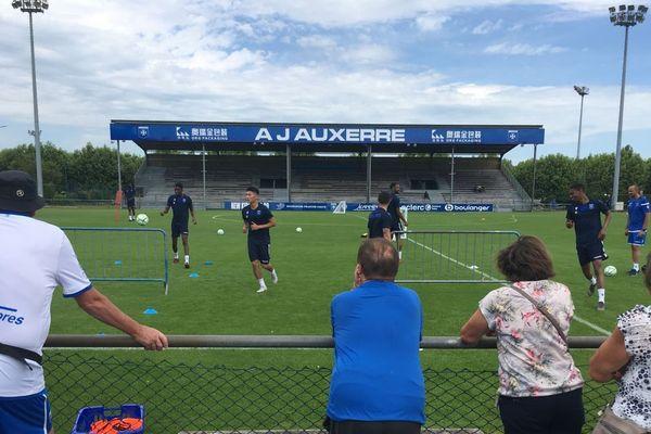 Les footballeurs de l'AJ Auxerre à l'entraînement le 19 juin 2019