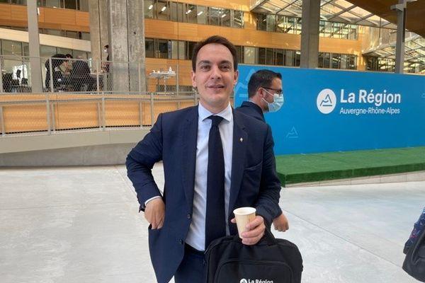 Le maire (LR) du 2ème arrondissement de Lyon PIerre Oliver, où se situe l'Hôtel de Région, est également parmi les nouveaux conseillers régionaux