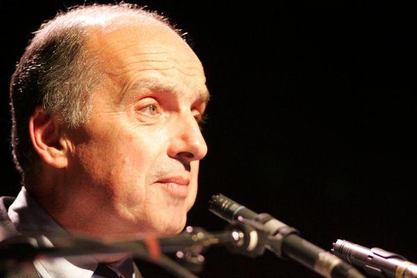 Roger Didier, pendant sa campagne électorale de 2008