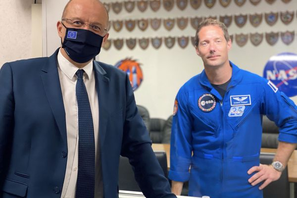 Christophe Grudler et Thomas Pesquet à Cap Canaveral, mercredi 21 avril