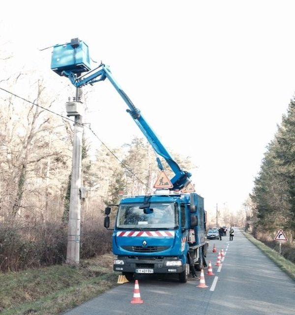 Réparation lignes ERDF, Ligny-le-Ribault (45)