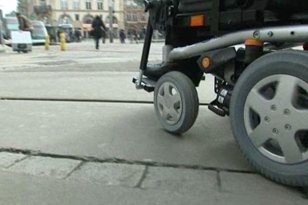 La ville de Strasbourg n'est pas adaptée aux personnes handicapées