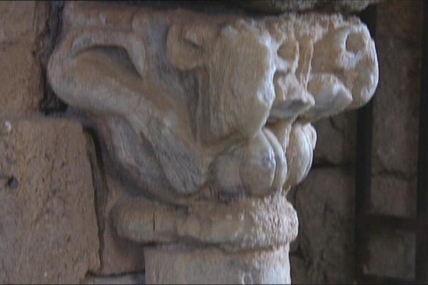 Chapiteau illustrant la fécondité