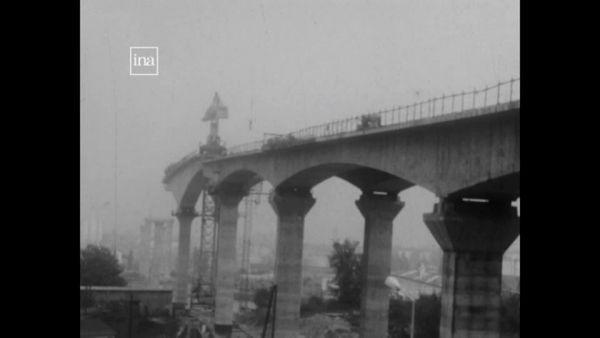 Le viaduc de Calix a été construit dans les années 70 selon la technique des caissons en béton précontraint.