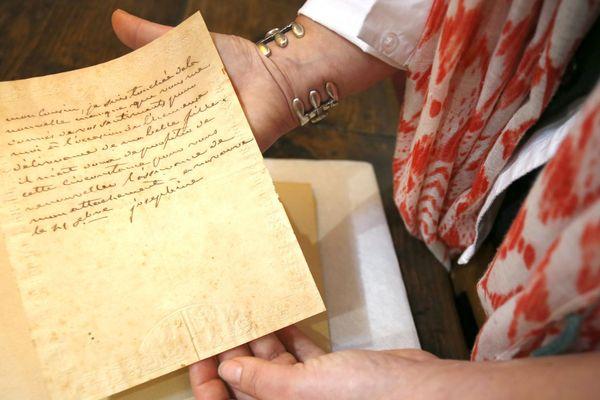 Des lettres écrites par plusieurs membres de la famille impériale ont été retrouvées dans la réserve de la bibliothèque d'Ajaccio.