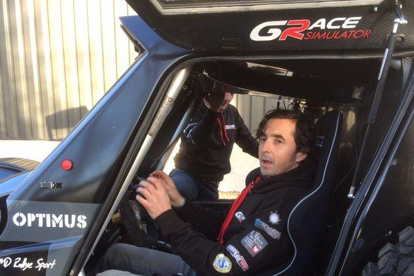 Guillaume Gomez au volant de son buggy, à quelques jours du départ