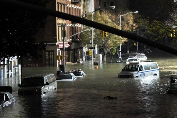 La 7th Avenue à New York, au coeur de Manhattan, à quelques blocs seulement de l'hôtel où se trouvait un auvergnat de Gerzat (63) en vacances avec sa famille au moment du passage de l'ouragan Sandy.