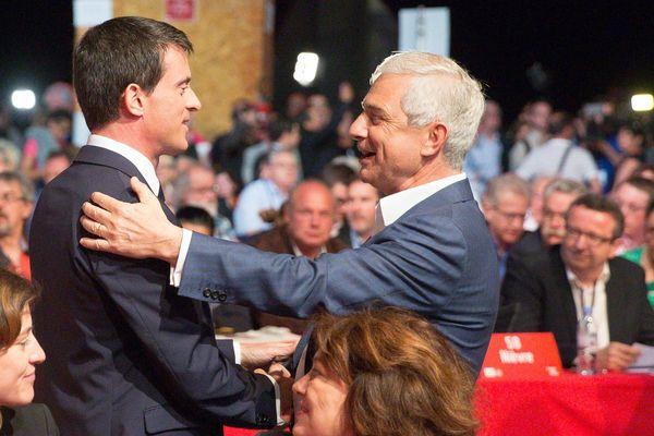 Manuel Valls et Claude Bartolone, à Poitiers, en juin 2015.