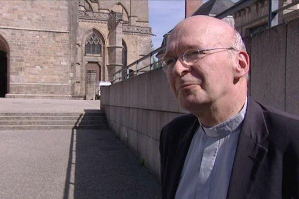 Mgr François Kalist, nouvel évêque de Clermont-Ferrand, rappelle une nouvelle fois son attachement au secret de la confession même en cas d'affaires de moeurs ayant des mineurs pour victimes.
