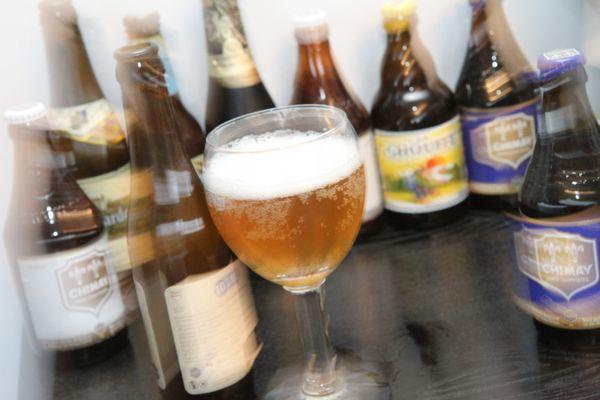 Opération de déstockage chez un distributeur de boissons de Saint-Symphorien-d'Ozon, plombé par la fermeture des restaurants depuis plus de 4 mois. (image prétexte - archives) - A consommer avec modération.