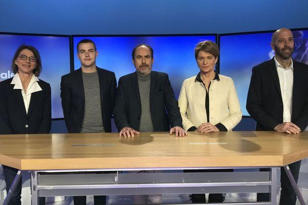 Les candidats : Marie-Cécile Duchesne, Erwan Rougier, Hubert Sevin, Isabelle Le Callennec, et Nicolas Kerdraon.