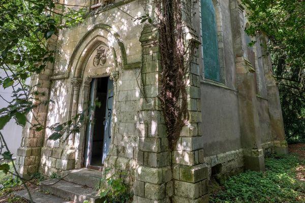 La fameuse chapelle néogothique du XIXe siècle