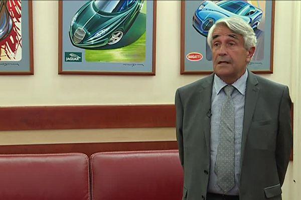 Claude Expert préside l'automobile club du Sud Ouest.