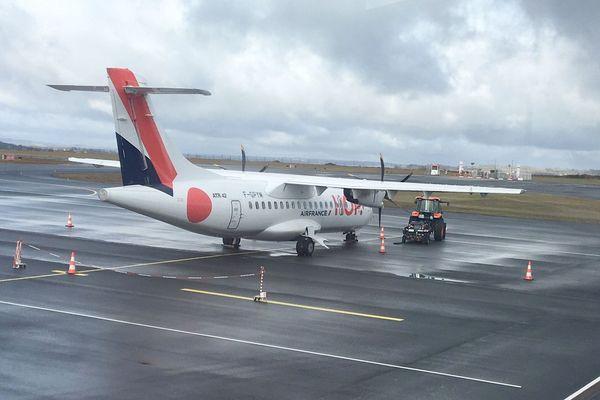 Hop ! Air Francesous-traitera la ligne Aurillac-Paris à une autre compagnie, Regourd Aviation, dès le mois de mars.