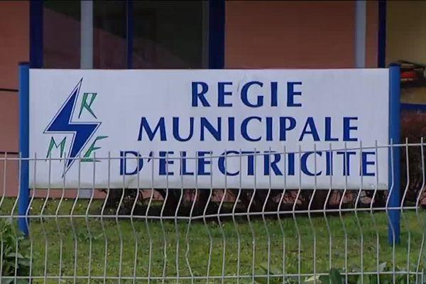 La régie municipale de Salins-les-Bains fournit de l'électricité à 2.000 clients
