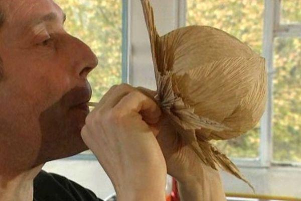 Pour Vincent Floderer l'origami est bien plus qu'un art.