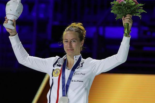 Aux Championnats du monde d'escrime en Hongrie, la fleurettiste Pauline Ranvier a décroché la médaille d'argent.