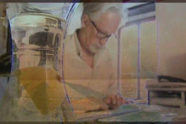 Jon Steele trouve désormais son inspiration dans la sérénité, dans son petit coin de verdure à Lausanne.