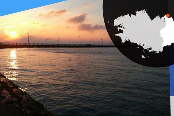 Vue sur le Port de la Houle