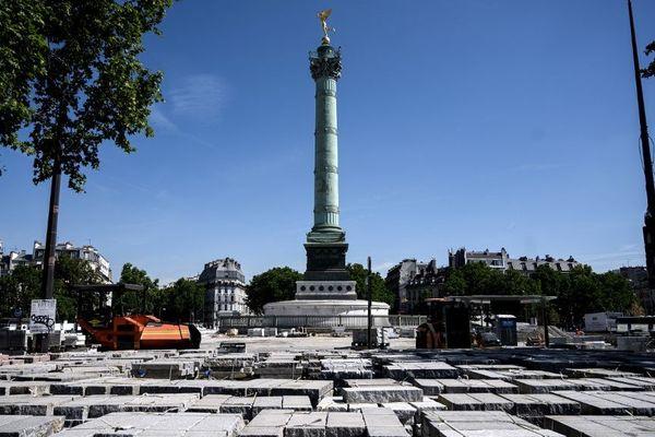 Des blocs de granite qui doivent être utilisés pour la transformation de la place de la Bastille.