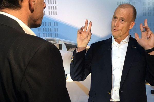 Dans le cadre de la conférence de presse annuelle d'Airbus Group, Tom Enders a accordé à nos journaliste un entretien exclusif. Il revient sur son bilan de mandat, les fiertés et les difficultés, les espoirs et l'avenir du groupe.