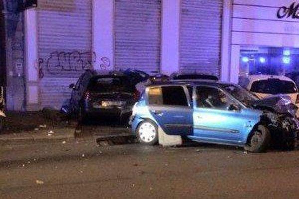 La Renault 5 roulait à très vive allure et avait grillé un feu rouge avant de percuter une autre voiture, qui avait fauché les deux jeunes femmes au carrefour.