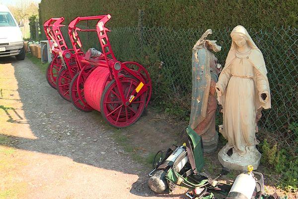 Des statues sauvées du brasier par les pompiers de l'Eure