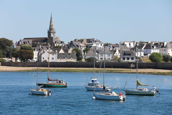 En Bretagne le prix médian d'une maison ancienne varient entre 75 000 euros dans le pays de Rostrenen à 292 000 euros dans le pays malouin