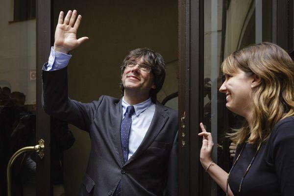 Carles Puigdemont nouveau président de la Catalogne à Gérone le 11 janvier 2016 le lendemain de son élection.