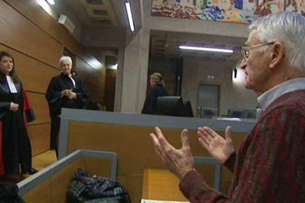 A la fin du procès, Pierre s'adresse aux jurés