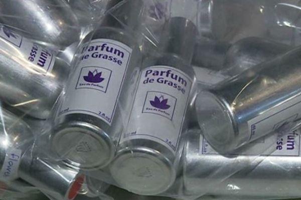 Ce type de contrefaçon de parfum à grande échelle est rare en France.