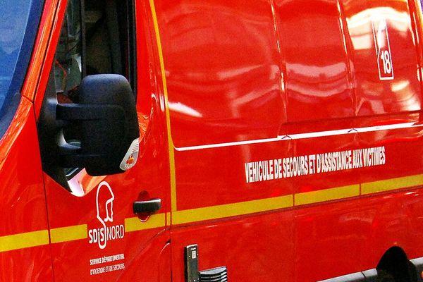 Les pompiers ne sont pas parvenus à sauver le jeune enfant, mortellement blessé par le tracteur en mouvement. Photo d'illustration