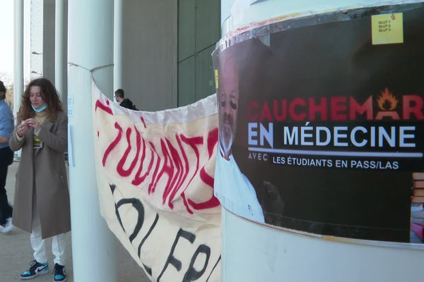 Manifestation des étudiants en médecine, Montpellier, 1er mars 2021.