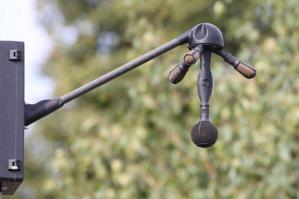 Le radar sonore, surnommé Méduse, est utilisé pour lutter contre les véhicules ne respectant pas les normes en matière d'émissions sonores. La collectivité européenne d'Alsace va en installer sur la route des crêtes cet été.