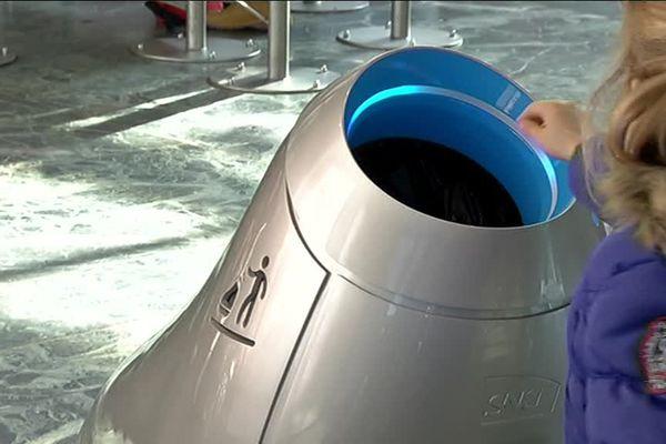 Beryl, le robot-poubelle testé en gare de Nantes