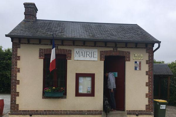Au Tartre-Gaudran, dont voici la mairie, on ne compte qu'une quarantaine d'habitants – résidences secondaires comprises.