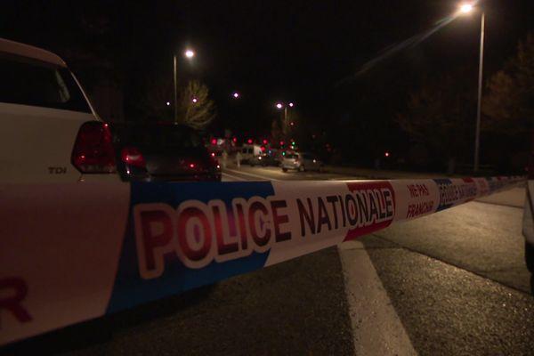 Le quartier a été bouclé après la découverte d'un mort tué par balles dans une voiture ce dimanche 8 mars à Besançon .