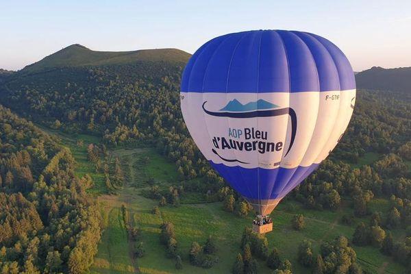 Depuis 3 ans, l'AOP Bleu d'Auvergne fait sa publicité dans les airs