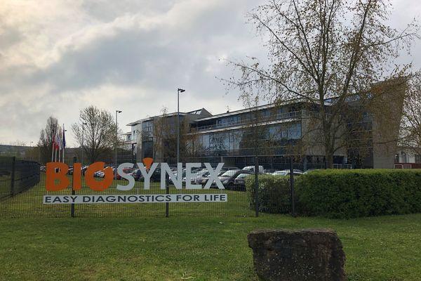 Les équipes de Biosynex, installées à Illkirch, travaillent les week-ends et parfois de nuit pour assurer la production d'autotests.